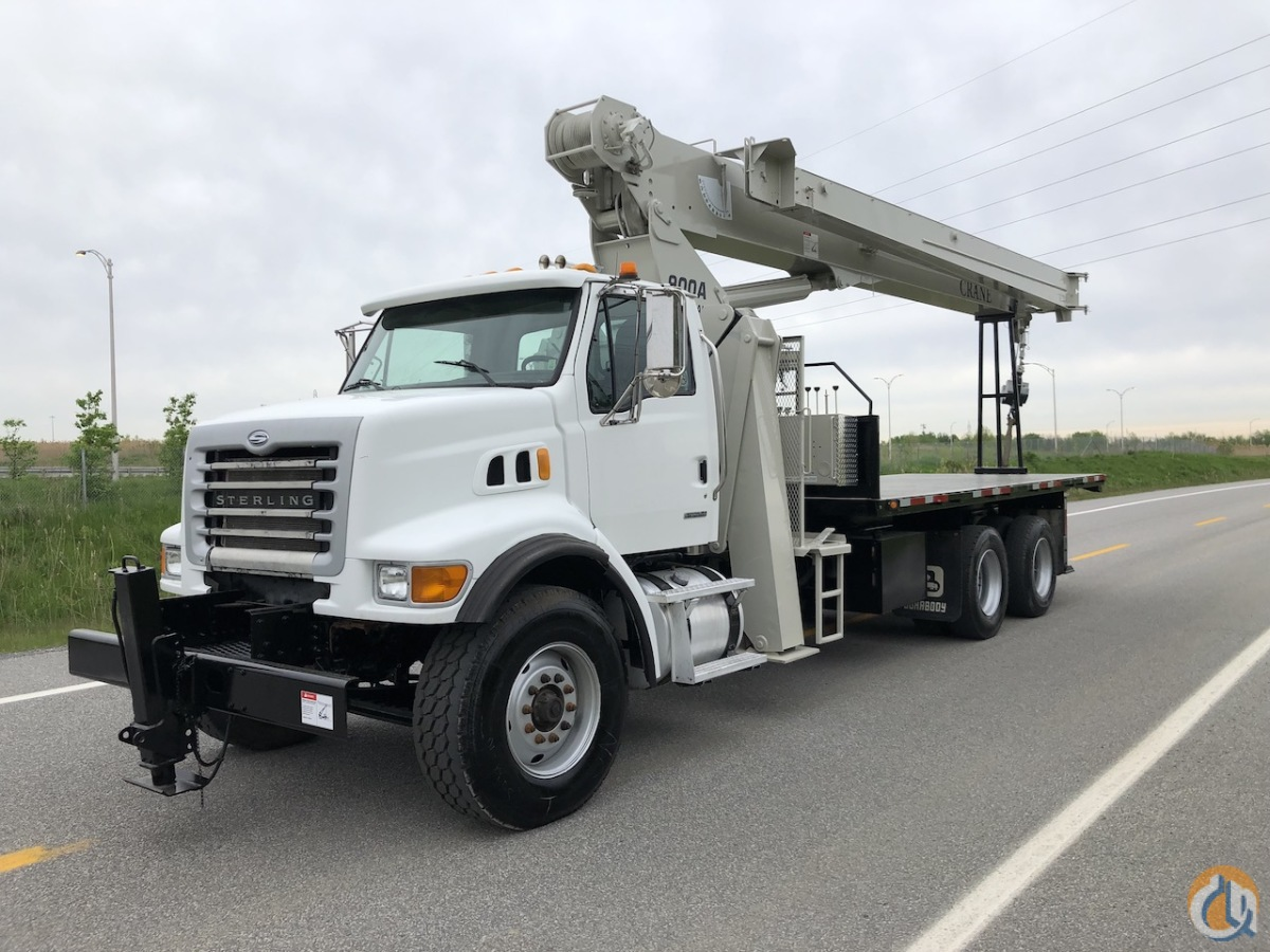 Sold 2007 NATIONAL 900A MOUNTED ON A STERLING Crane for  in Montreal Quebec on CraneNetwork.com