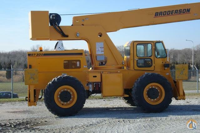 2017 BRODERSON RT-300-2G Crane for Sale on CraneNetwork.com