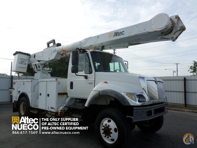 2004 ALTEC AM855-MH Crane for Sale in Birmingham Alabama on CraneNetwork.com