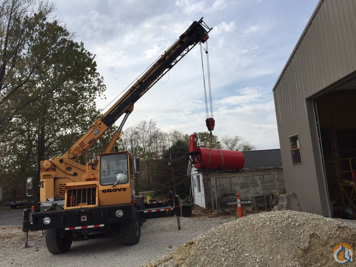 1986 GROVE 528B Crane for Sale in Fishers Indiana on CraneNetworkcom