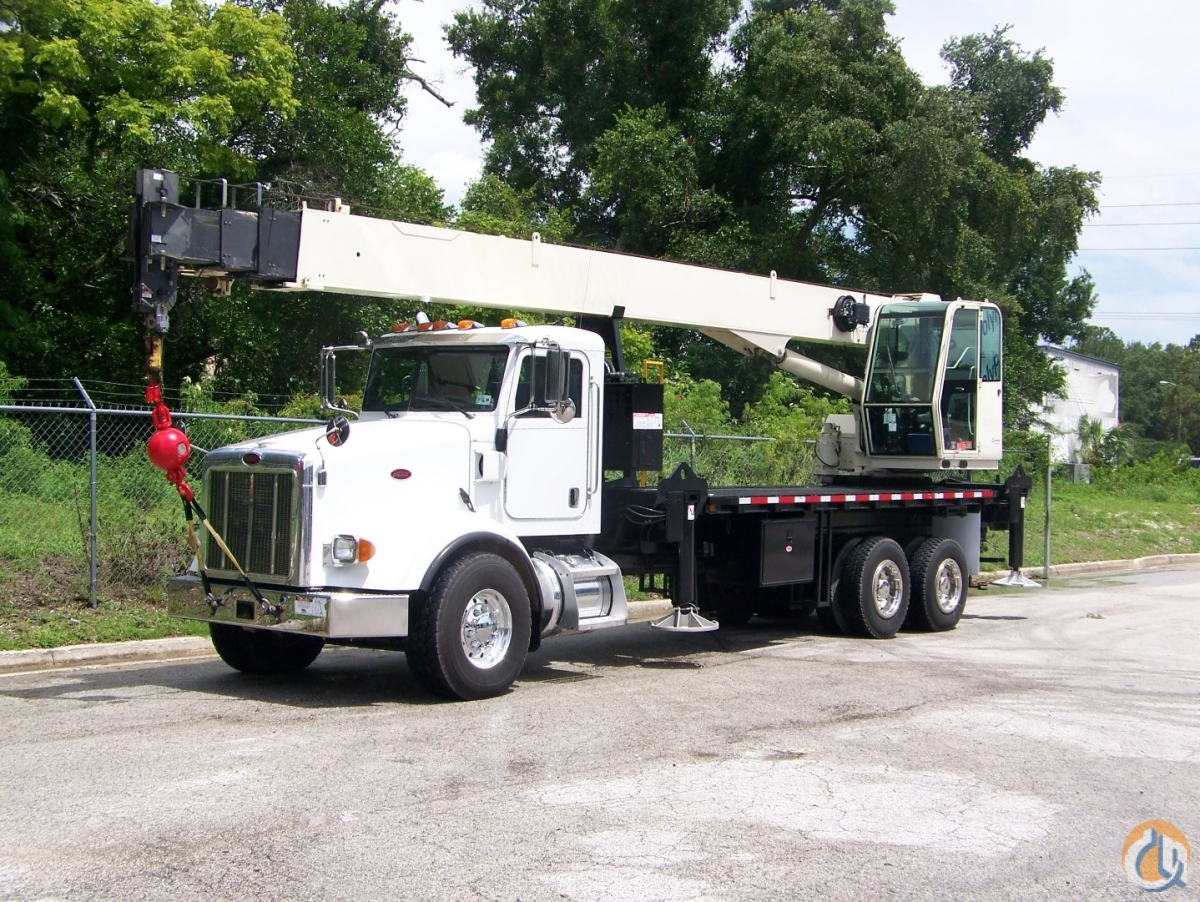 2007 National 1300A on a 2007 Peterbilt 378 Crane for Sale in Tampa Florida on CraneNetwork.com