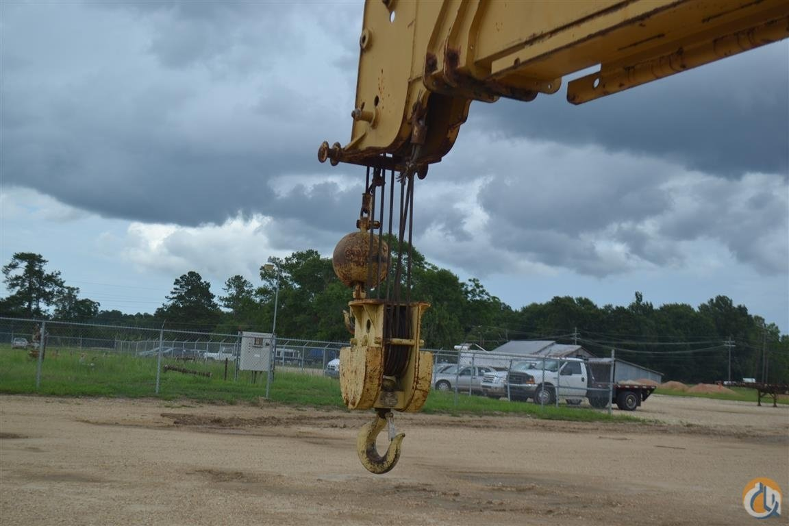 Galion 220A 22 Top Cap Crane Crane for Sale in Livingston Louisiana on CraneNetworkcom