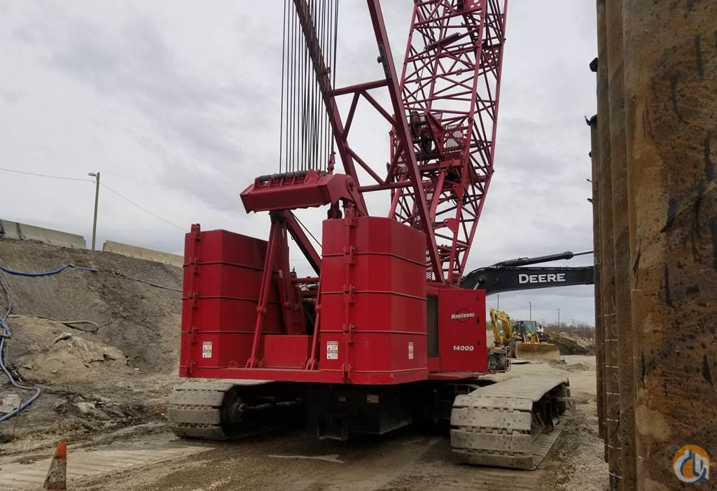 2008 Manitowoc 14000 220 Ton Lattice Boom Crawler Crane CranesList ID 241 Crane for Sale on CraneNetwork.com