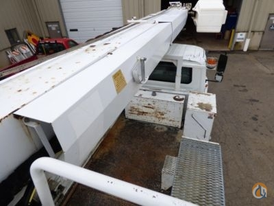 Sold 2005 Altec 4300 Crane for  in South Beloit Illinois on CraneNetwork.com