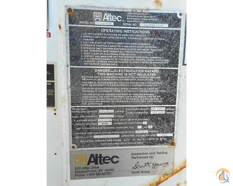 Sold Altec AT40C Crane for in Wright City Missouri on