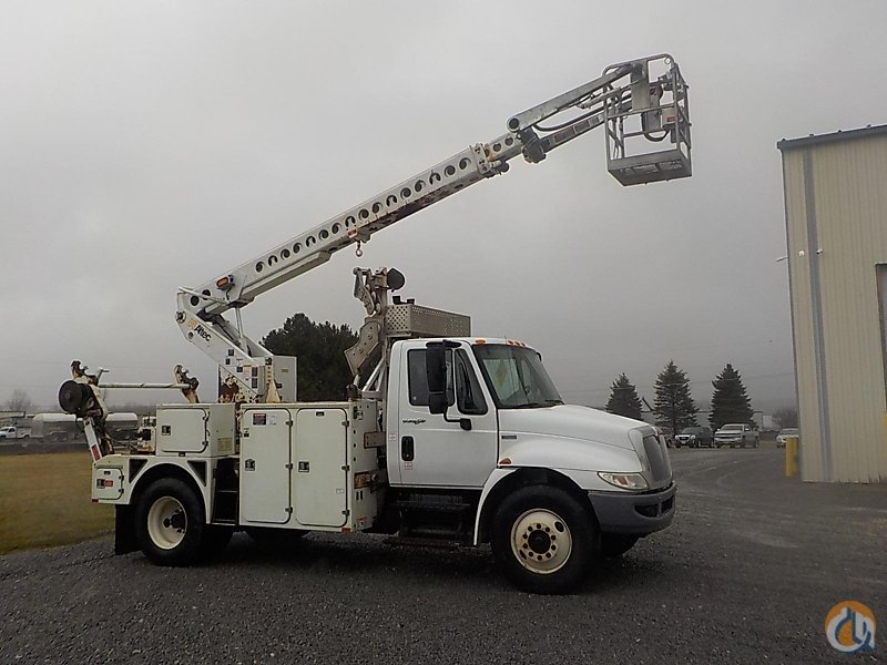 Sold Altec A-T40C Crane for in Wright City Missouri on