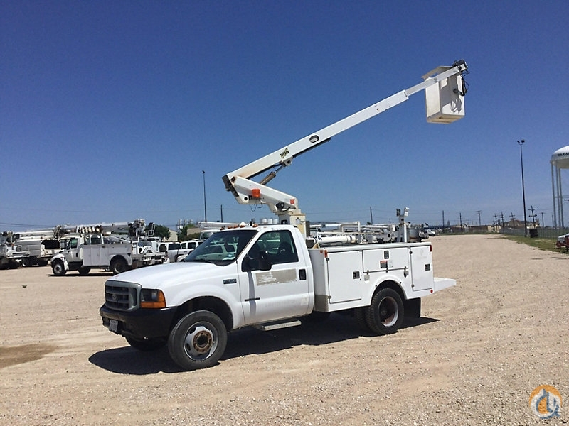 Sold Telsta A28D Crane for in Wright City Missouri on