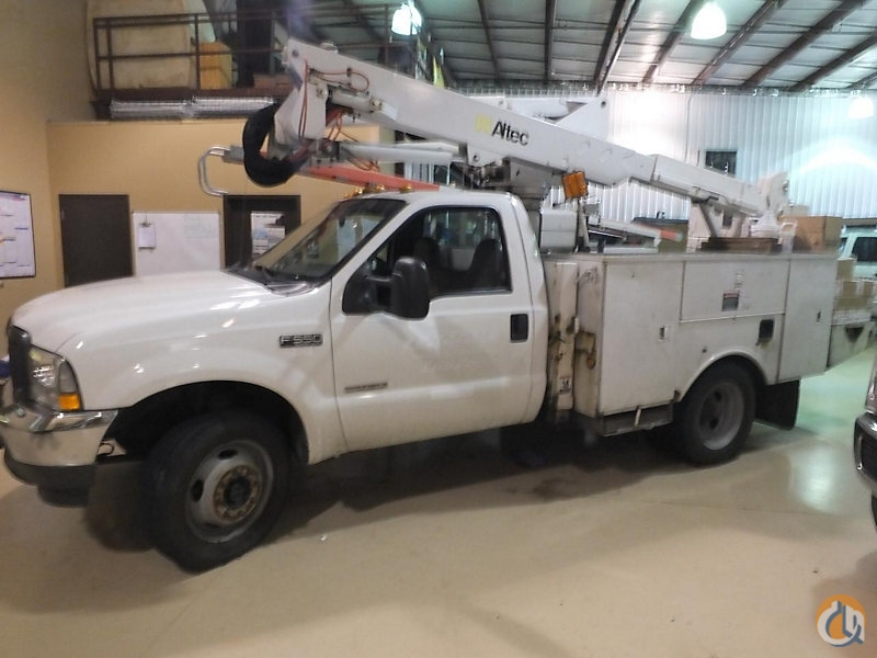 Sold Altec AT37G Crane for  in Wright City Missouri on CraneNetwork.com