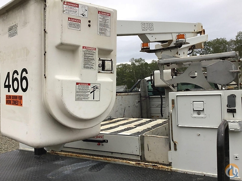 Sold Altec AT200A Crane for in Wright City Missouri on
