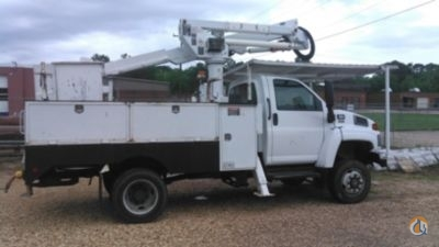 Sold 2007 Altec AT37-G Crane for  in Villa Rica Georgia on CraneNetwork.com