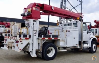 Sold 2013 Altec 4400 DuraStar Crane for  in South Beloit Illinois on CraneNetwork.com