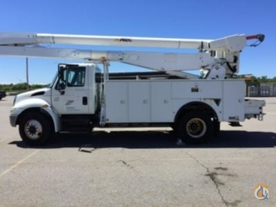 Sold 2006 Altec 4300 Crane for  in Rome New York on CraneNetwork.com