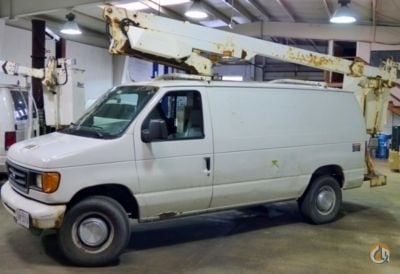 Sold 2005 Altec AT200-AV Crane for  in South Beloit Illinois on CraneNetwork.com