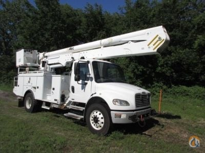 Sold 2010 Altec M2 106 Crane for  in Wright City Missouri on CraneNetwork.com