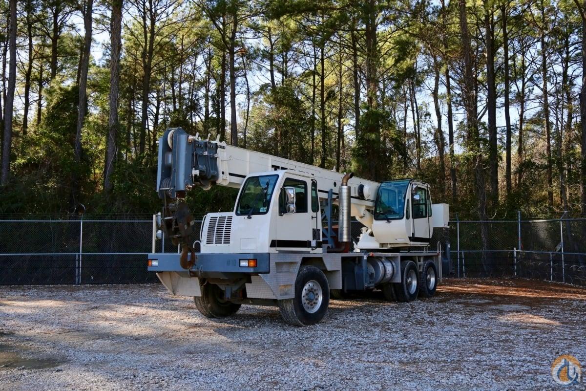 Used 2007 Terex T 340-1 truck crane Crane for Sale in Houston Texas
