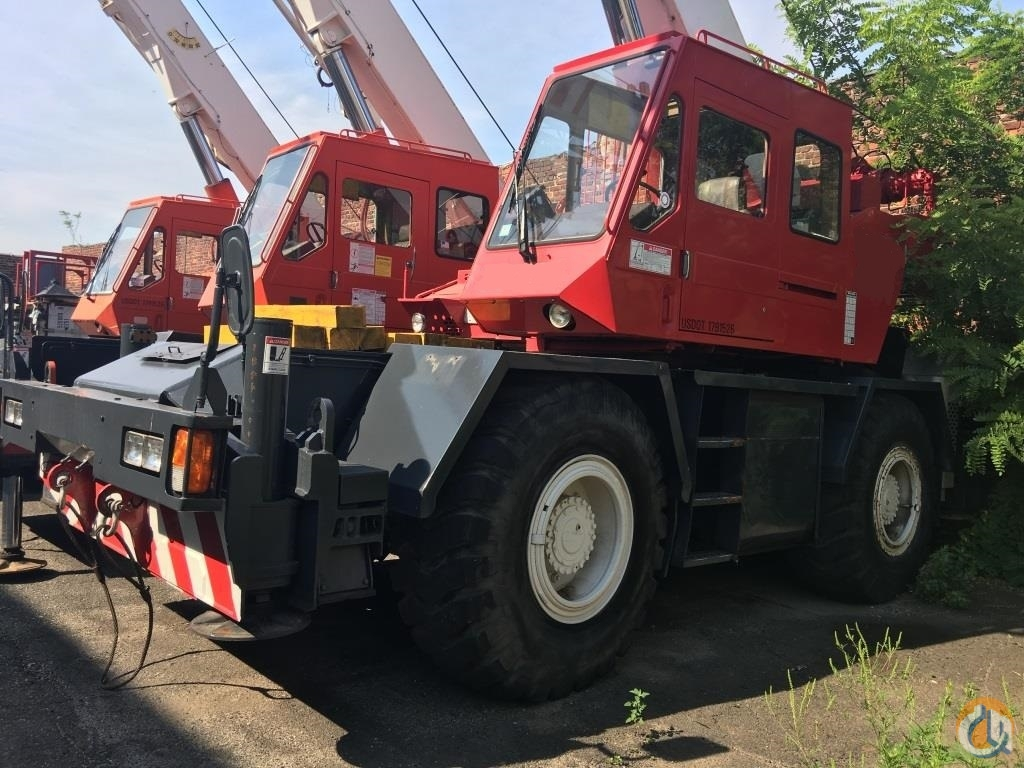 Sold 1992 Tadano TR280XL Crane for  in New York New York on CraneNetwork.com