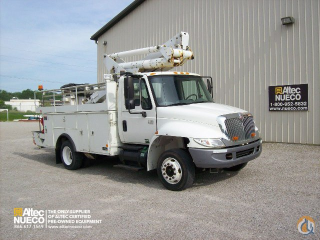 2006 ALTEC TA40 Crane for Sale in Fort Wayne Indiana on CraneNetwork.com