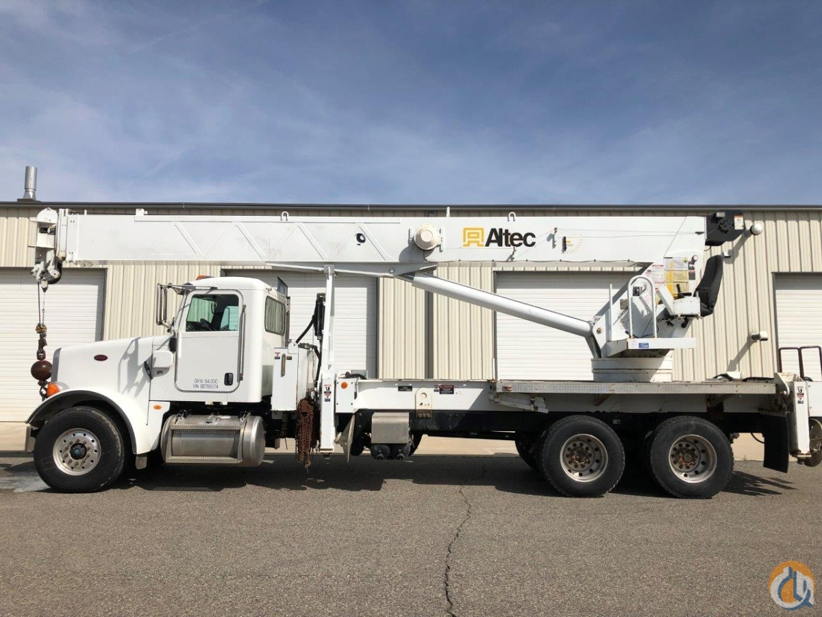 2008 ALTEC AC38-127S on 2009 Peter 365 with Cummins Dsl Crane for Sale on CraneNetwork.com