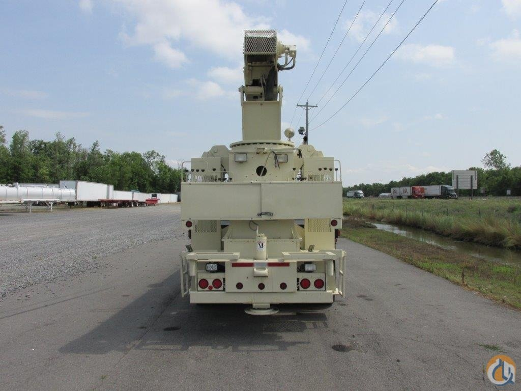 National Crane 900A Straight Boom on 2004 International 7500 Tri-Axle Truck Crane for Sale in North Little Rock Arkansas on CraneNetwork.com