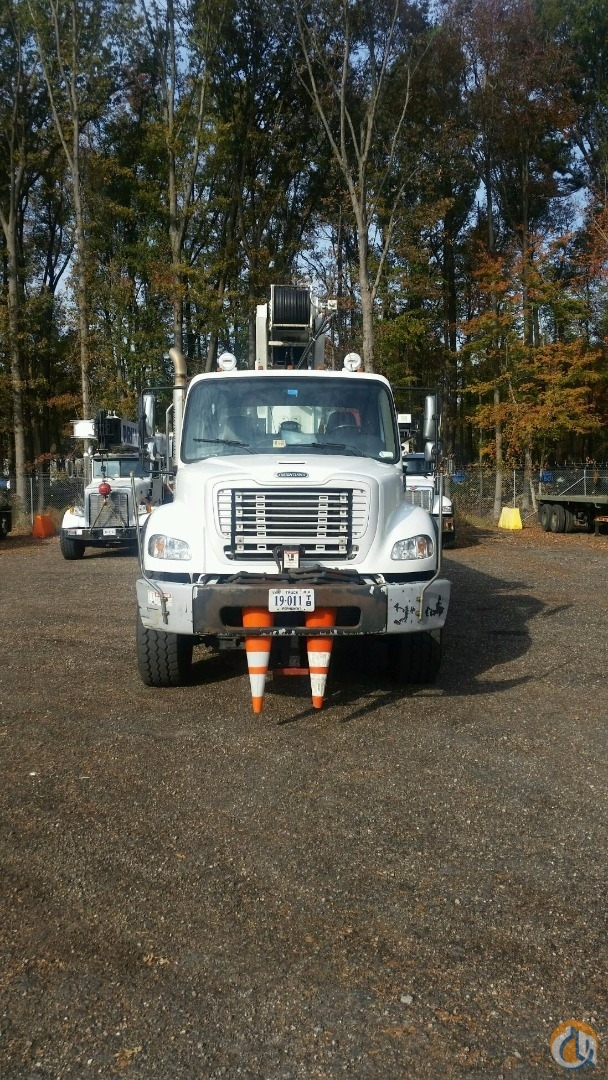 2011 Elliott 30105F BoomTruck Crane for Sale in Hampton Virginia on CraneNetworkcom