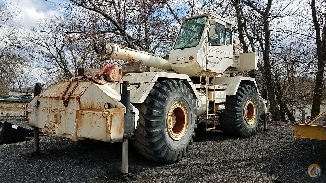 1998 PH CN140 Crane for Sale in Prospect Park Pennsylvania on CraneNetwork.com