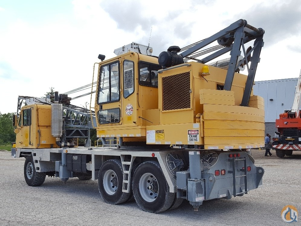 Little Giant 6425 Lattice Truck Crane Crane for Sale in Solon Ohio on CraneNetwork.com