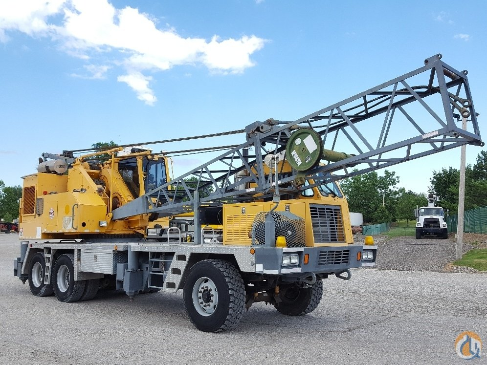 Little Giant 6425 Lattice Truck Crane Crane for Sale in Solon Ohio on CraneNetworkcom