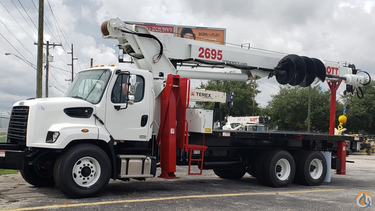 New Elliott 2695F-D with 36 auger on a 2019 Freightliner 108SD Crane for Sale in Tampa Florida on CraneNetwork.com
