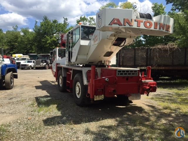 1998 GROVE AT422 Crane for Sale in Wayne New Jersey on CraneNetwork.com