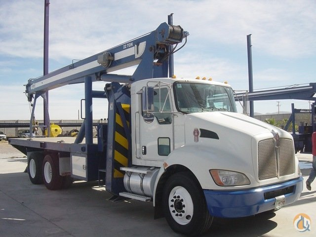 1998 Manitex 22101C Crane for Sale in Long Beach California on CraneNetwork.com