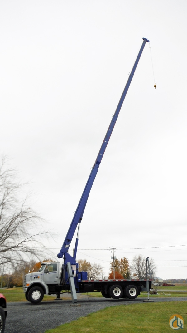 Sold 28 Ton Sterling L9500 with Manitowoc 2892C Crane for  in Richelieu Qubec on CraneNetworkcom