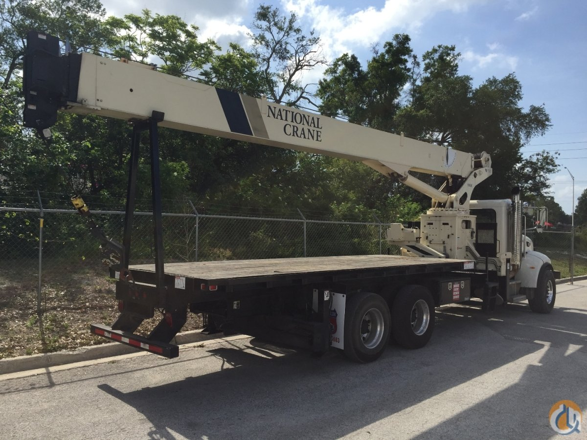 2009 National 900H 27 ton on a 2009 Peterbilt 340 Tandem Crane for Sale in Tampa Florida on CraneNetworkcom