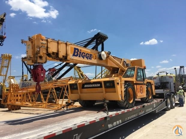 2010 BRODERSON IC250-3C Crane for Sale in Houston Texas on CraneNetwork.com