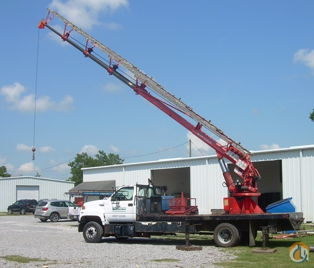 Sold 85HD Skyhook Crane on 93 Chevy Kodiak Crane for  in New Iberia Louisiana on CraneNetwork.com