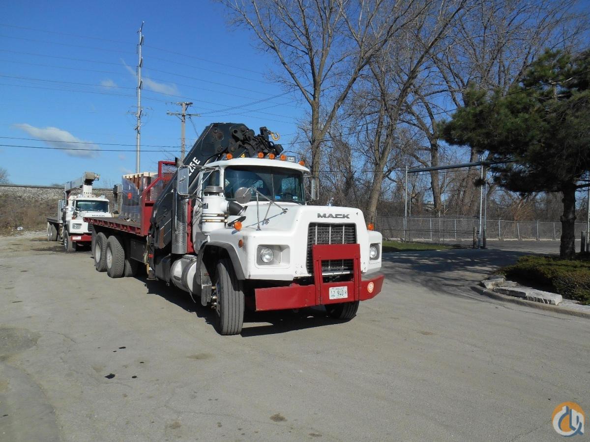 225E-5 1999 Mack RB690S Crane for Sale in Lyons Illinois on CraneNetwork.com