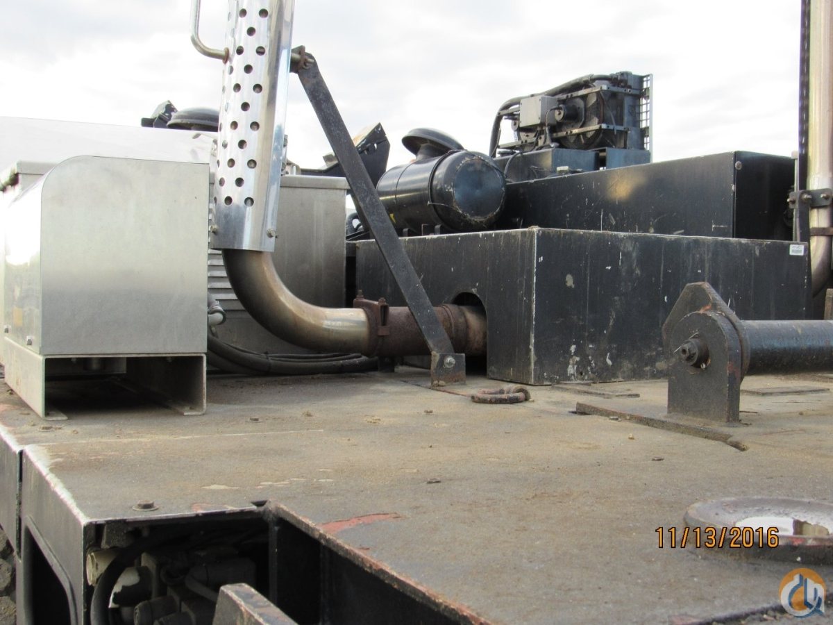 Sold 1992 KRUPP KMK6190 Crane for  in Edmonton Alberta on CraneNetwork.com