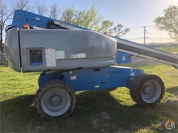 Sold 2006 GENIE S60 Crane for  in Lewisville Texas on CraneNetwork.com