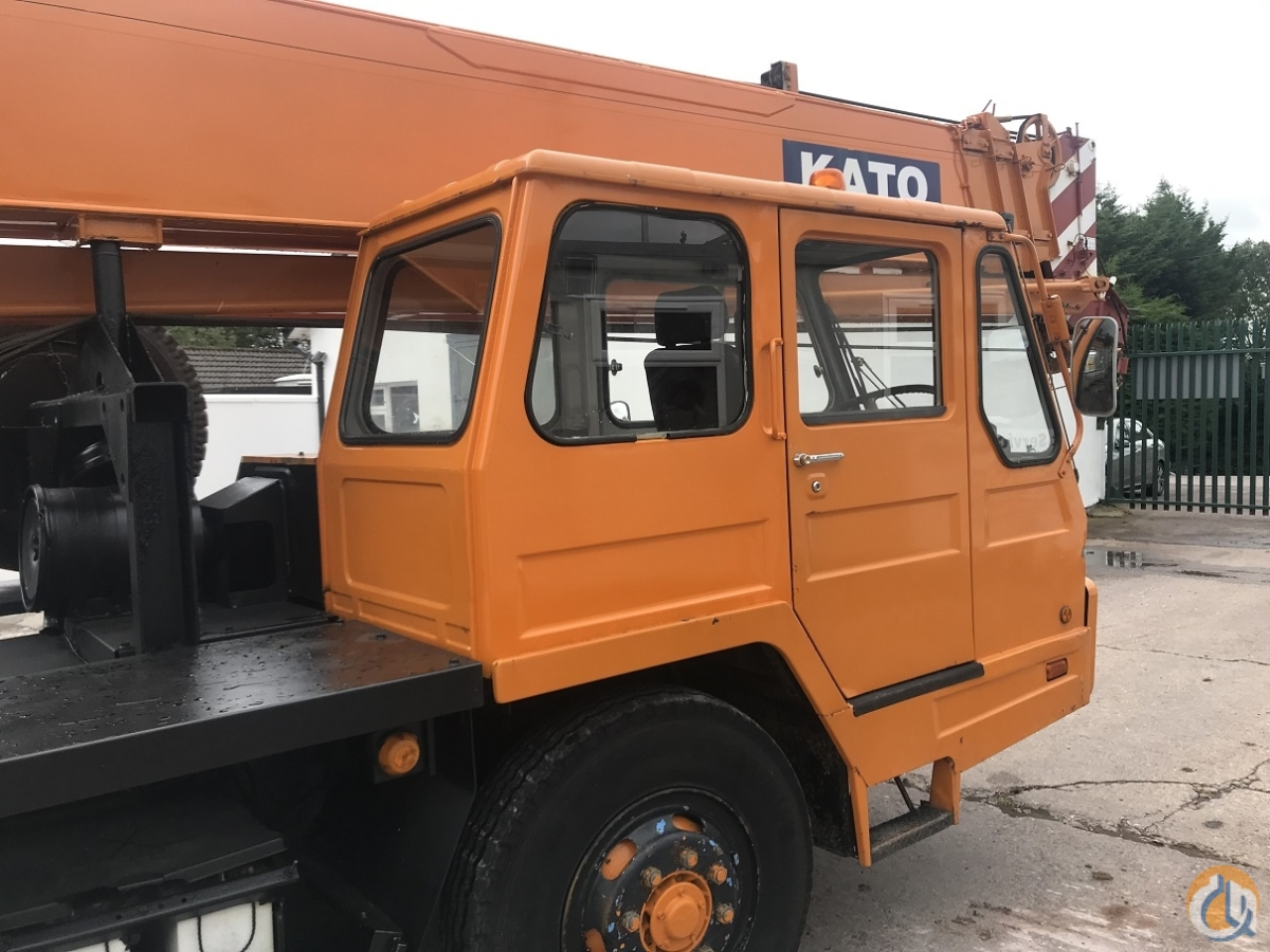 Kato - NK200H-V2 Only 28061 kms from New Excellent Condition Crane for Sale in Cork County Cork on CraneNetwork.com