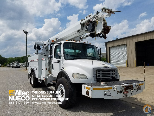 2005 ALTEC DM47-BR Crane for Sale in Calera Alabama on CraneNetwork.com