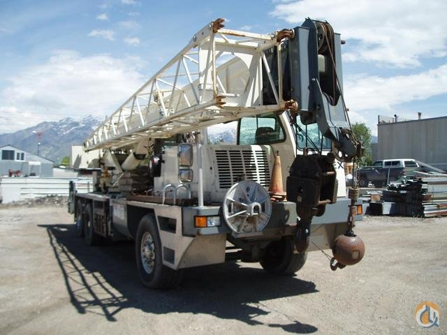 2006 Terex T340-1 Truck Crane Crane for Sale in Hazel Crest Illinois on CraneNetwork.com