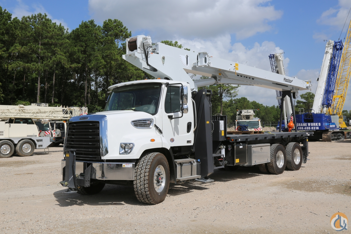 New Manitex 30100C 30-ton crane installed on 2020 Freightliner 108SD chassis Crane for Sale in Houston Texas on CraneNetwork.com