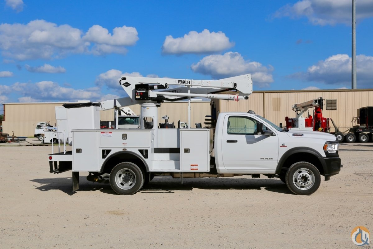 New 2019 Versalift SST-40-EIH mounted to Ram 5500 chassis Crane for Sale in Houston Texas on CraneNetwork.com