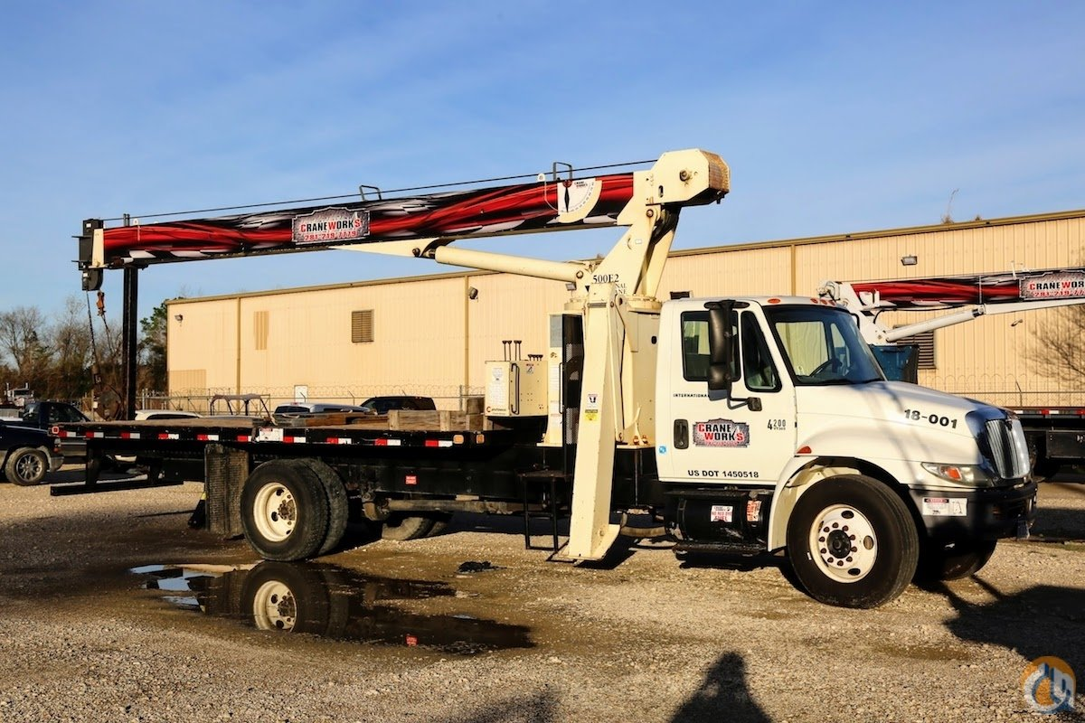 Used National 500E2 boom truck mounted to 2008 IHC 4200 chassis Crane for Sale in Houston Texas on CraneNetwork.com