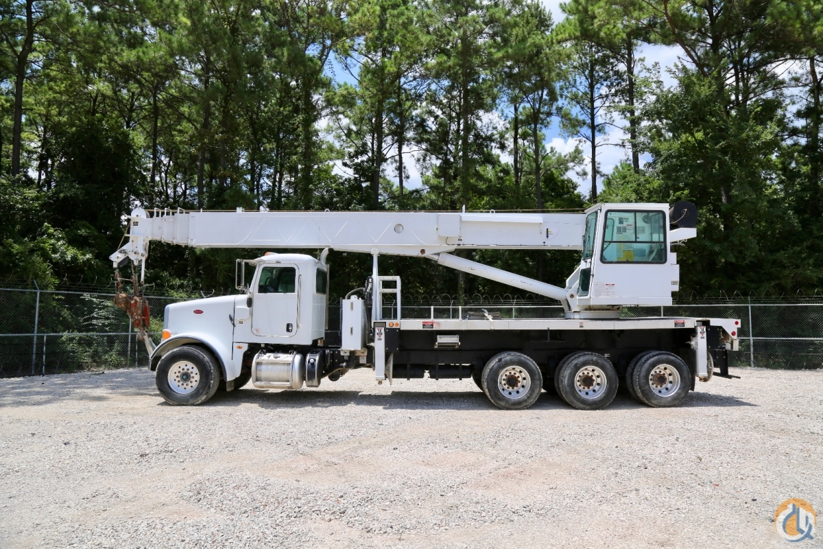 Used Altec AC38-127S-HL-SWS mounted to 2012 Peterbilt 365 chassis Crane for Sale in Houston Texas on CraneNetwork.com