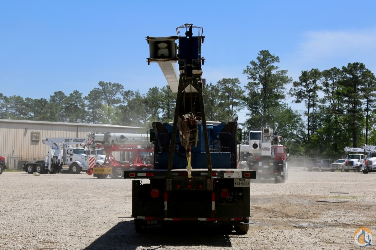 Manitex 30102C boom truck crane mounted to 2007 Sterling LT7501 chassis Crane for Sale in Houston Texas on CraneNetwork.com
