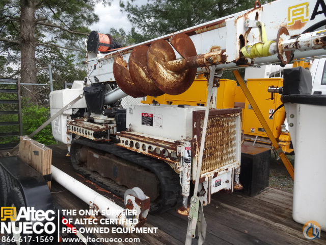 2006 Altec DB35 BACKYARD DIGGER Crane for Sale in Frederick Maryland on CraneNetworkcom