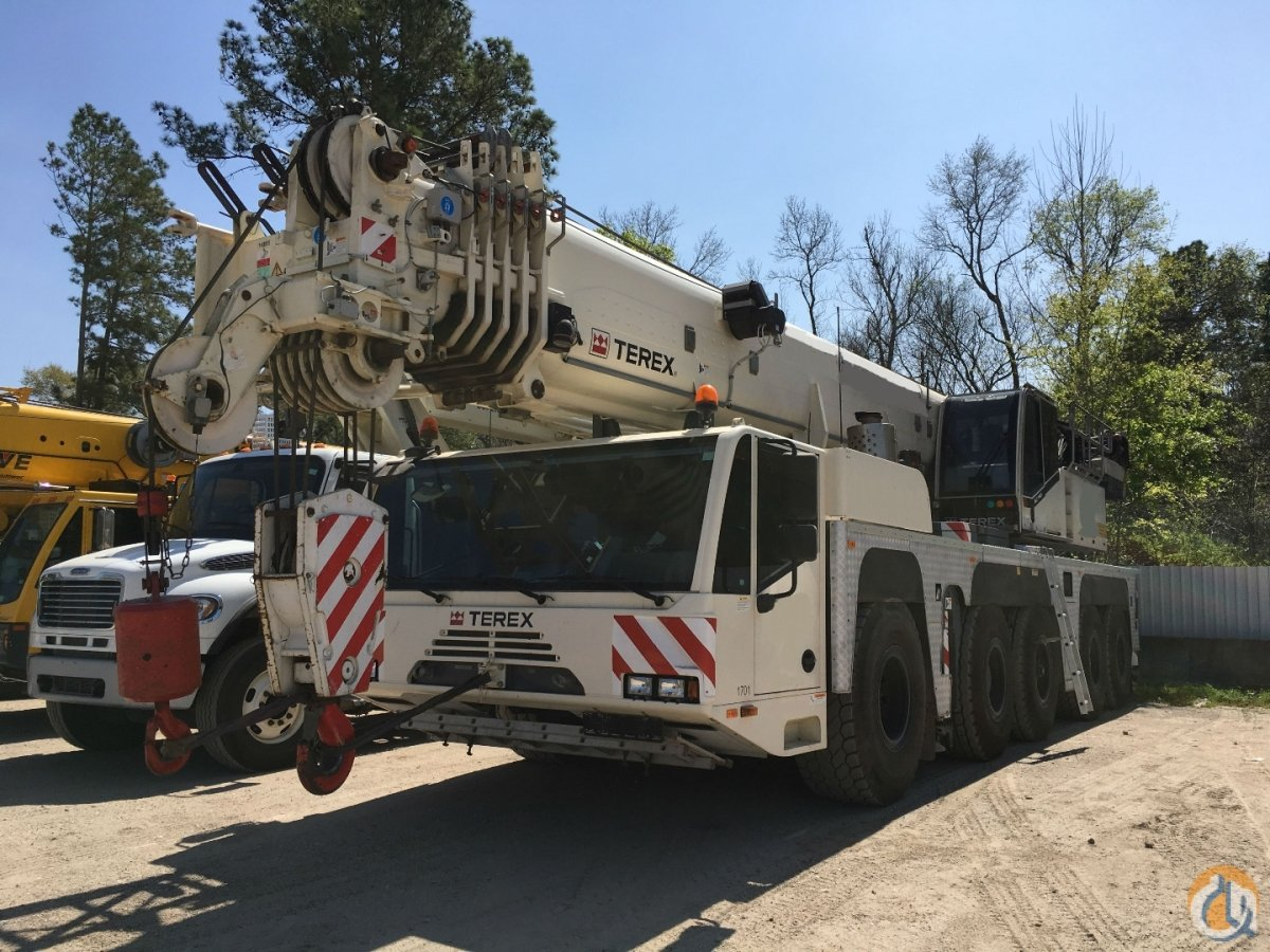 2012 TEREXDEMAG AC140 Crane for Sale in Houston Texas on CraneNetwork.com