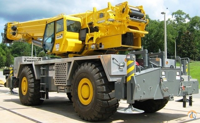 2014 GROVE RT9130E2 Crane for Sale in Riverview Florida on CraneNetwork.com