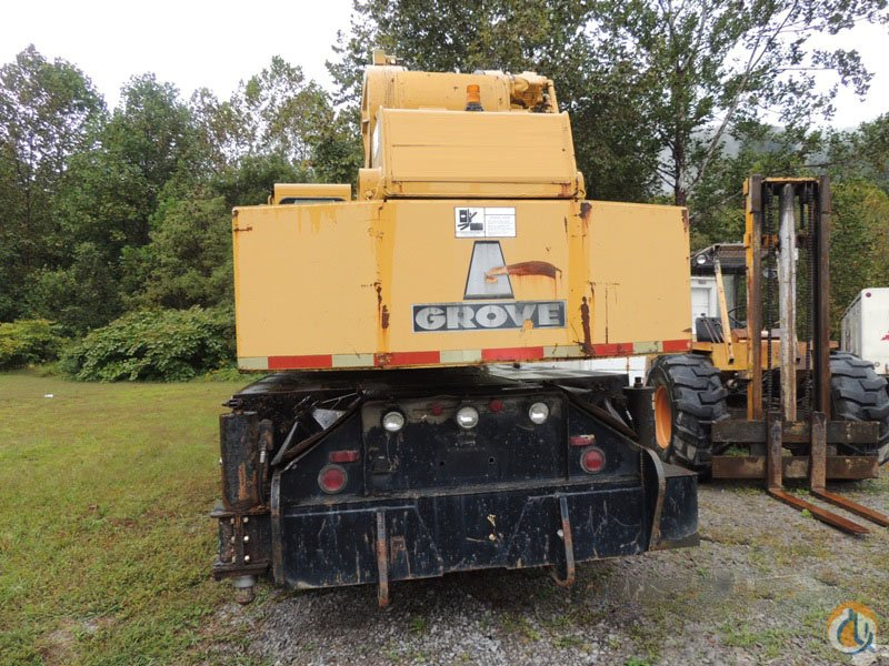 35 ton Grove TMS300 hydraulic Truck crane Located in Virginia Crane for Sale on CraneNetwork.com