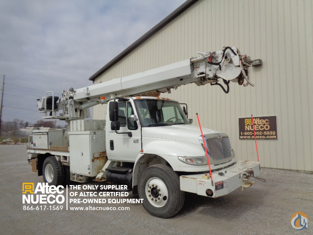 2005 ALTEC DM47-TR Crane for Sale in Fort Wayne Indiana on CraneNetworkcom
